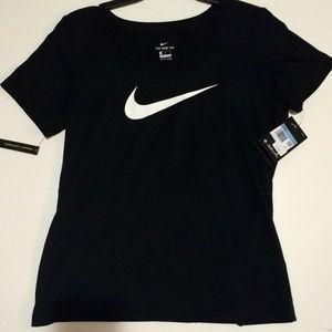 Nike classic Swoosh logo shirt